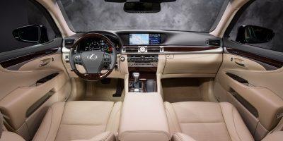 2013-Lexus-LS-460-Interior-001