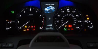 2013-Lexus-LS-460-Interior-010