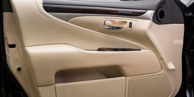 2013-Lexus-LS-460-Interior-014