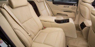 2013-Lexus-LS-460-Interior-016