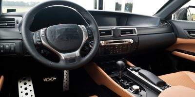 2013-lexus-gs-interior-europe-3