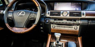 2013-ls-interior-hybrid-4