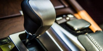 2013-ls-interior-hybrid-8