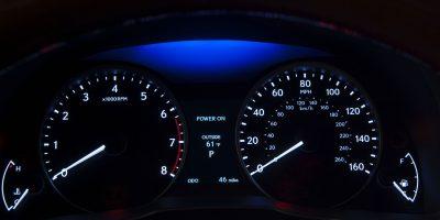 2013_Lexus_ES_300h_017