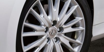 2013_Lexus_GS_450h_17