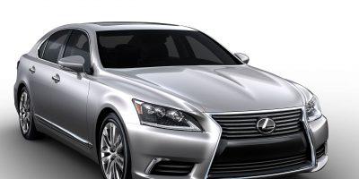 2013_Lexus_LS_460_002