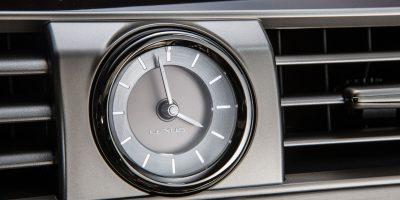 2013_Lexus_LS_460_interior_006_5A2DA7894B55A30CAE09FD298633E80192696529