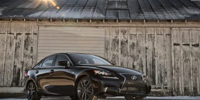 2014-Lexus-IS-350-Sport-Sport-front-three-quarters