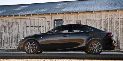 2014-Lexus-IS-350-Sport-side