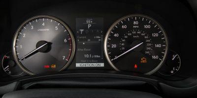 2015-Lexus-NX-200t-017