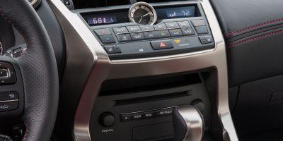 2015-Lexus-NX-200t-F-SPORT-059