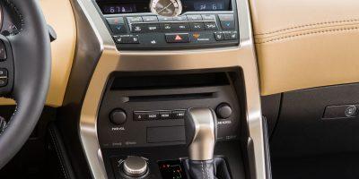 2015-Lexus-NX-200t-F-SPORT-078