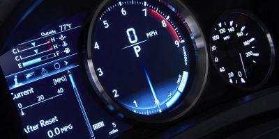 2015-Lexus-RC-F-dash-guages