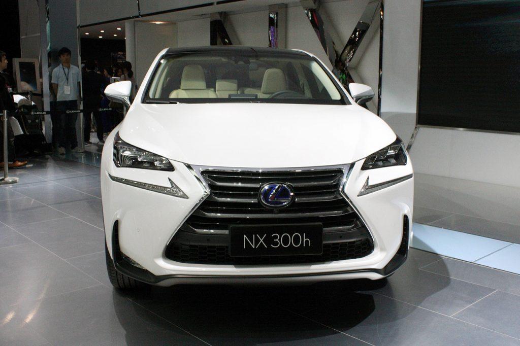 2015-lexus-nx300h-6-1