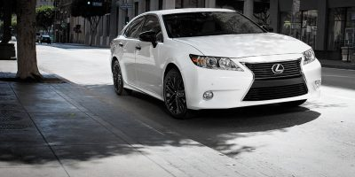 2015_Lexus_Crafted_Line_ES_001