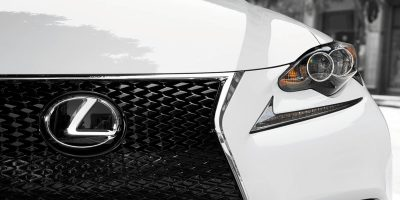 2015_Lexus_Crafted_Line_IS_001