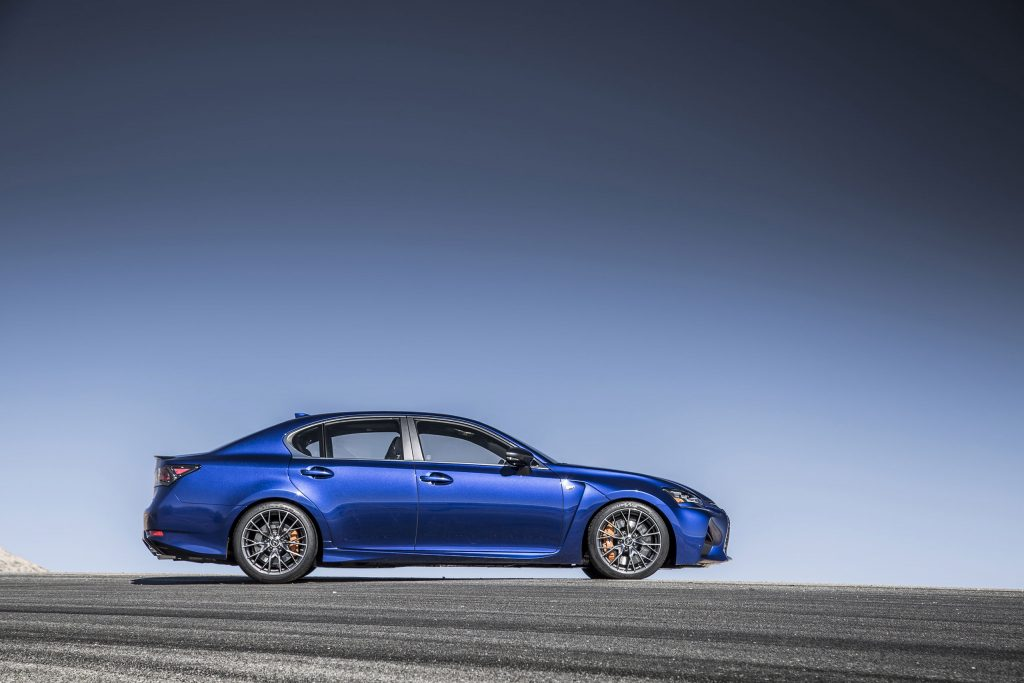 2016_Lexus_GS_F_009