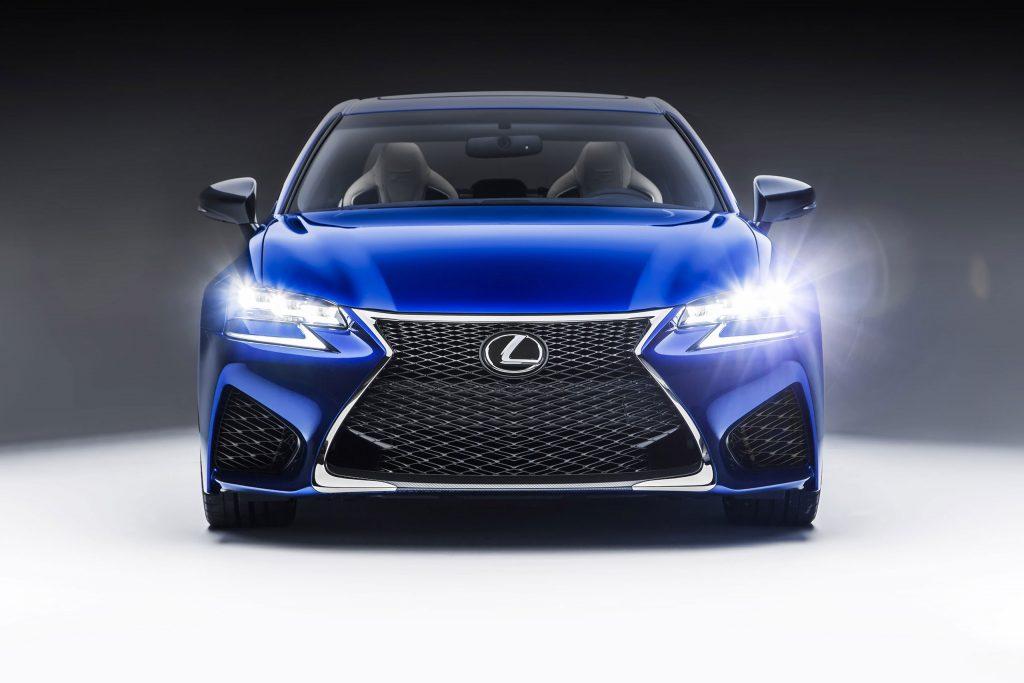 2016_Lexus_GS_F_015