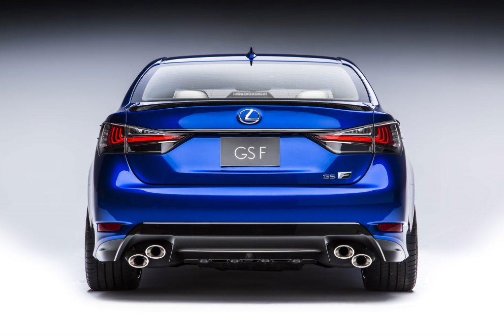 2016_Lexus_GS_F_019