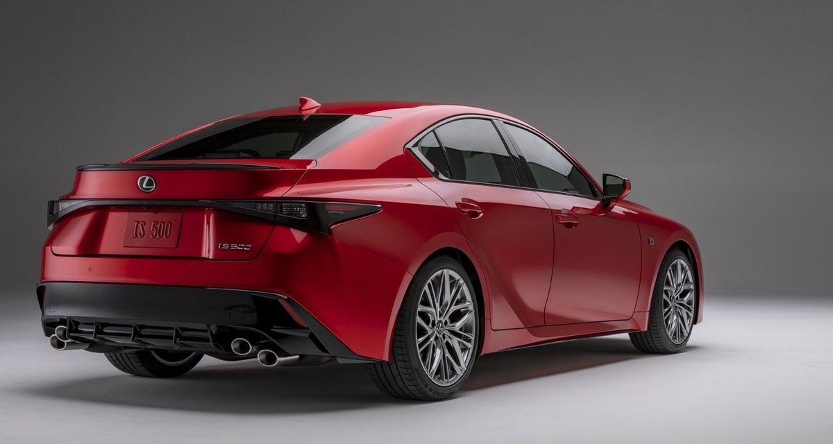 Lexus IS 500 Rear