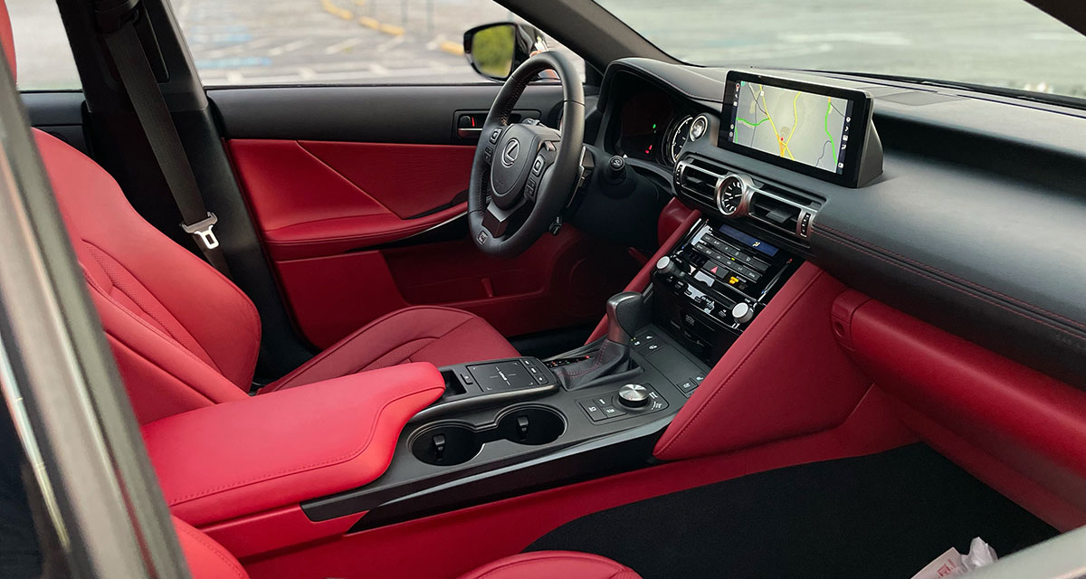 Lexus IS 500 Interior