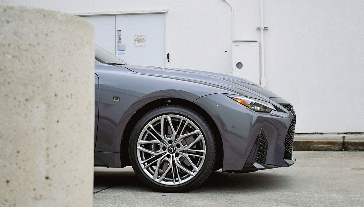 Lexus IS 500 Wheel