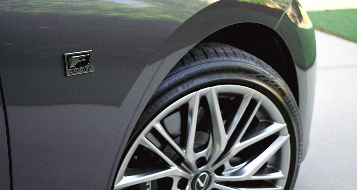 Lexus IS 500 F SPORT Performance Badge
