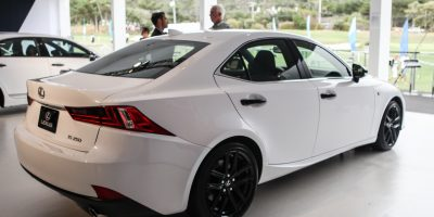 30-1198_LexusIS Crafted Line_