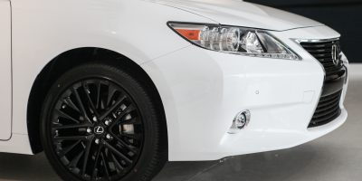 32-1208_LexusES Crafted Line_