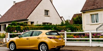 krew-lexus-ct-200h-daybreak-yellow-2