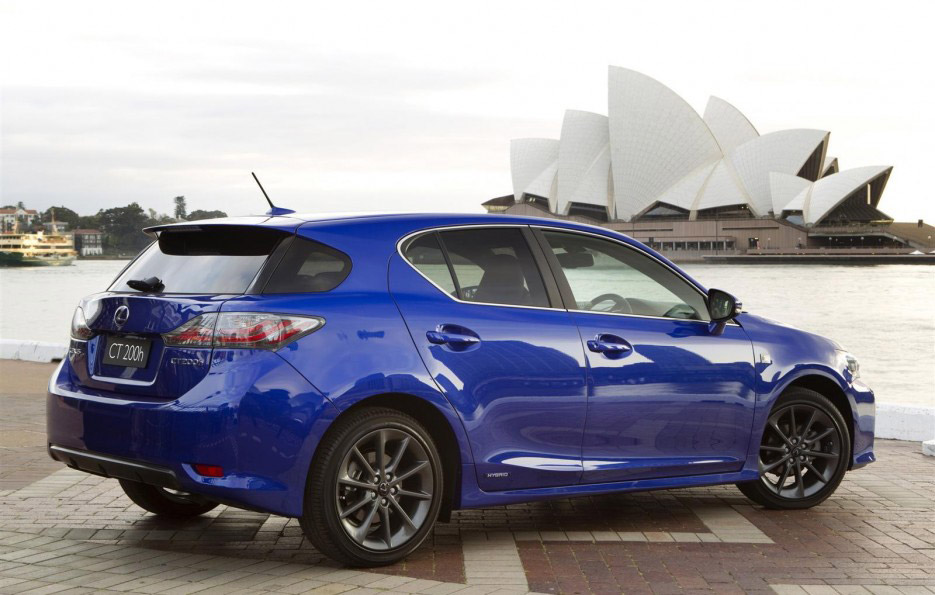 Lexus-ct-200h-f-sport-package-2