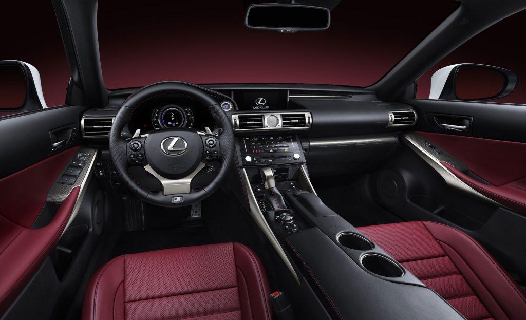 lexus-is-300h-f-sport-interior-11
