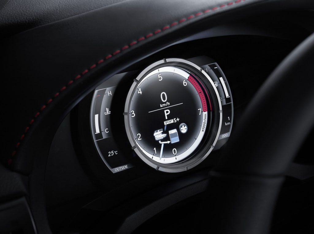 lexus-is-300h-f-sport-interior-4