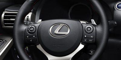 lexus-is-300h-f-sport-interior-8