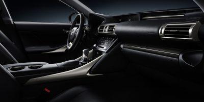 lexus-is-300h-interior-europe-4