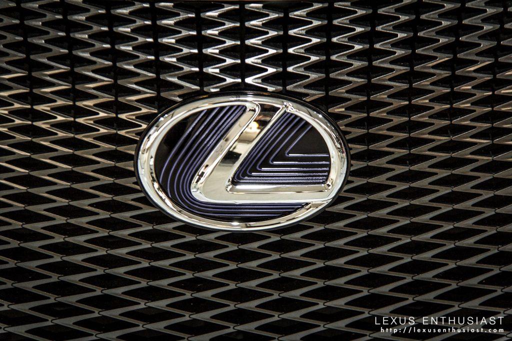 lexus-lf-cc-detail-8