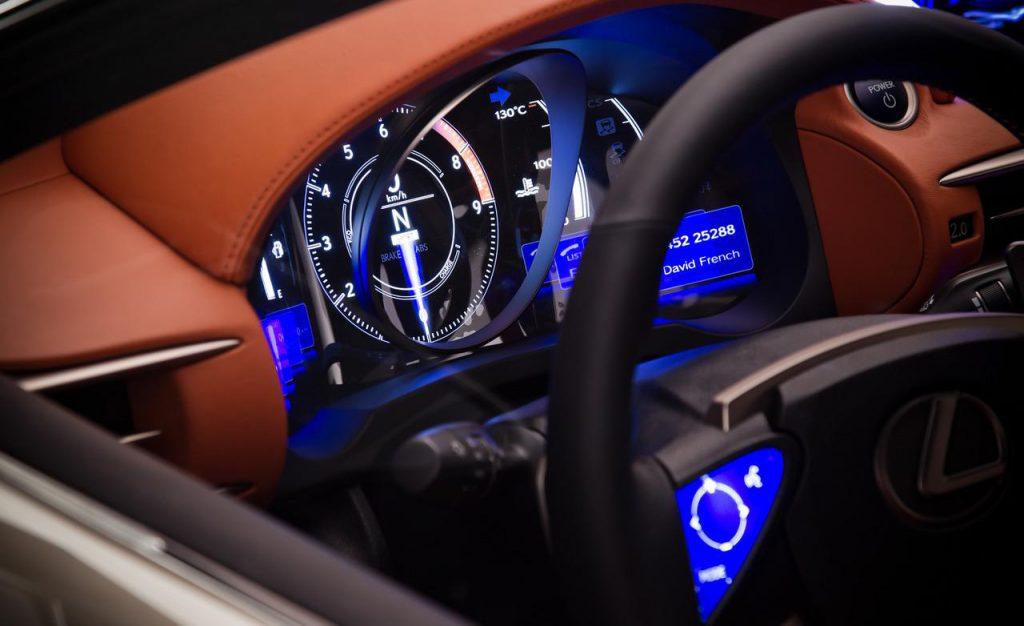 lexus-lf-cc-interior-2