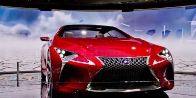 lexus-lf-lc-on-display-4