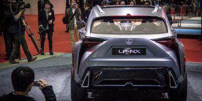 lexus-lf-nx-first-rear-3