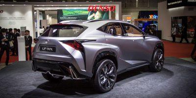 lexus-lf-nx-first-rear-4
