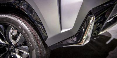 lexus-lf-nx-first-rear-8