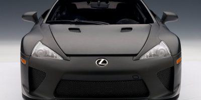 lexus-lfa-autoart-matte-black-15