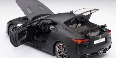 lexus-lfa-autoart-matte-black-17