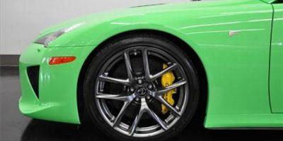lexus-lfa-fresh-green-3