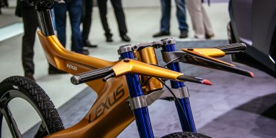 lexus-nxb-bike-tokyo-1