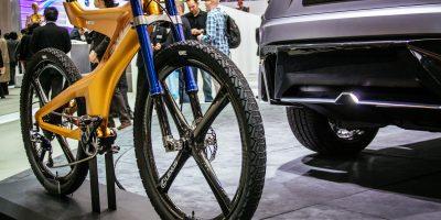 lexus-nxb-bike-tokyo-3