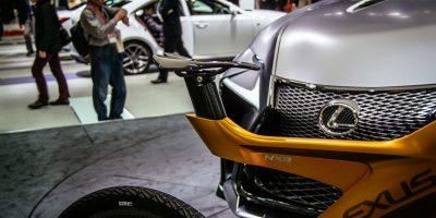 lexus-nxb-bike-tokyo-6