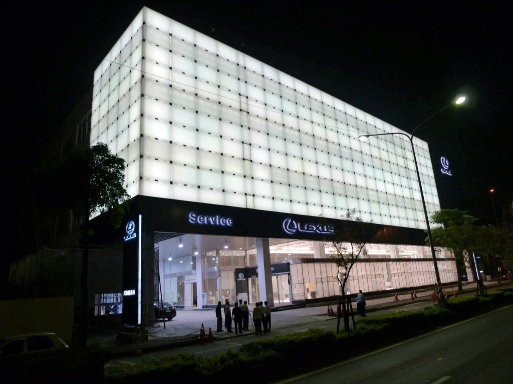 lexus-showroom-kaohsiung-2