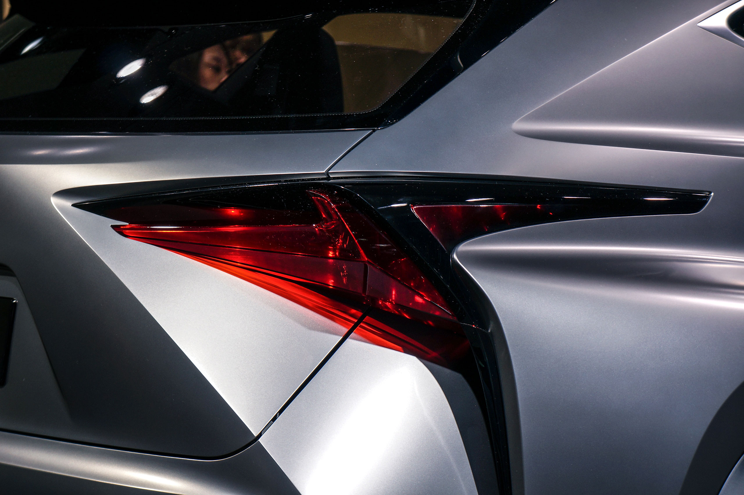 more live photos of the lexus lf