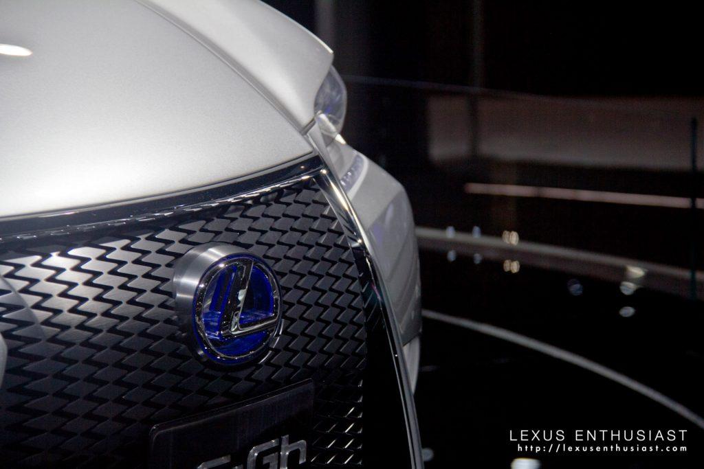 nyias-lexus-lf-gh-concept-6